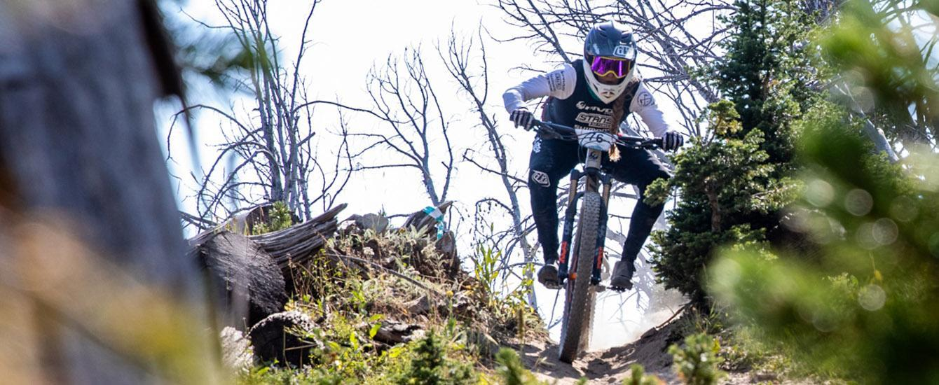 Big Mountain Enduro Round 1 Recap - XC Racers Try on Full Face Helmets
